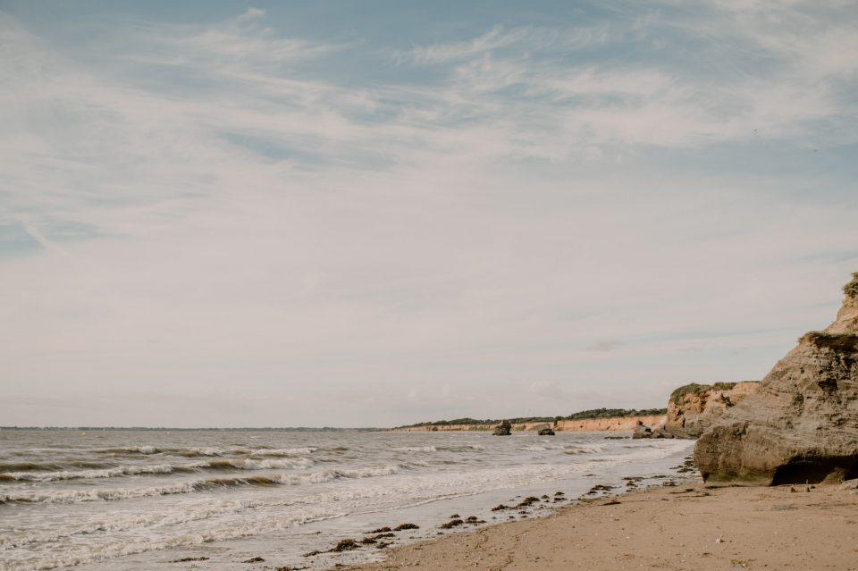 Séance-couple-plage-engagement-loire-atlantique-Anne-Letournel
